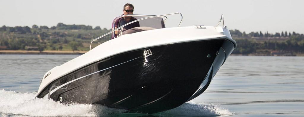 foto scafo barca open 6 metri nuova