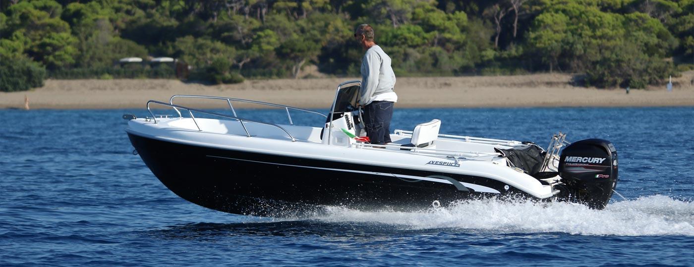 Foto barca open nuova in mare - Vespucci